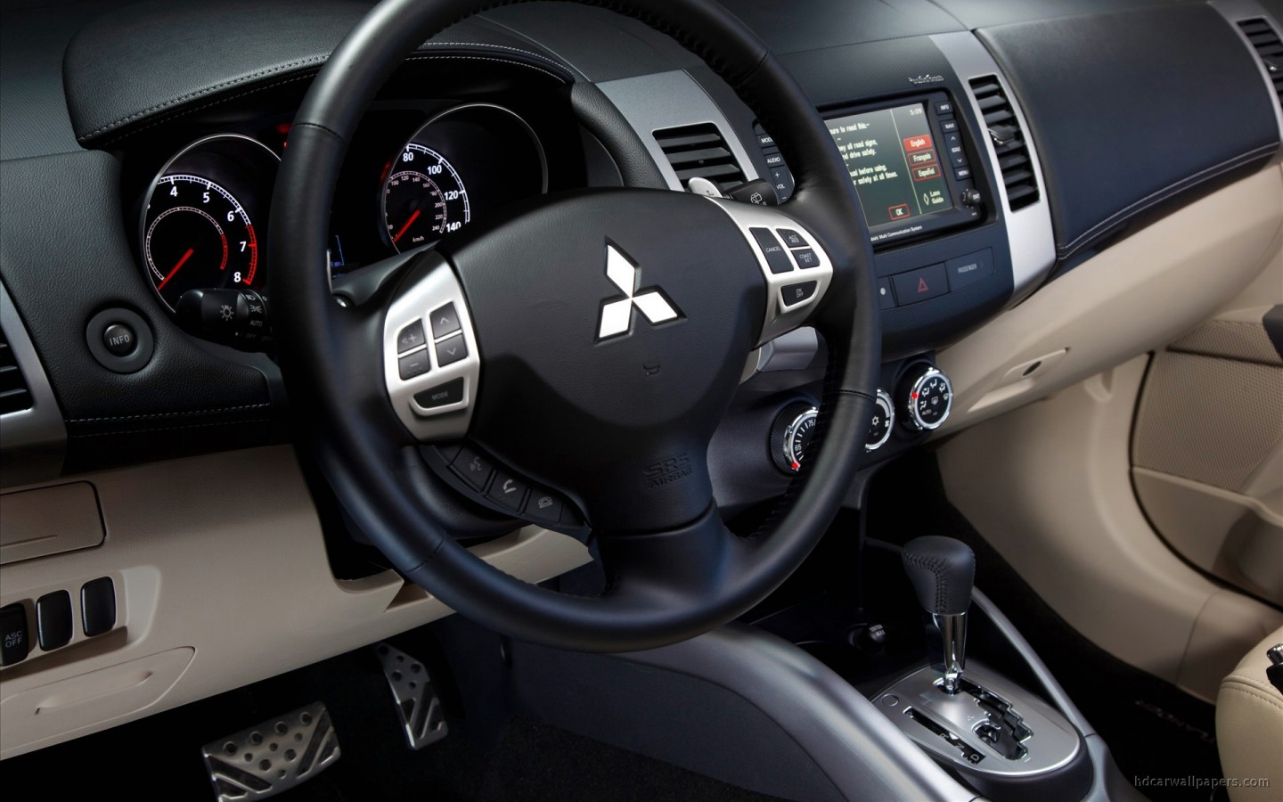 2010 Mitsubishi Outlander GT Interior Wallpaper HD Car