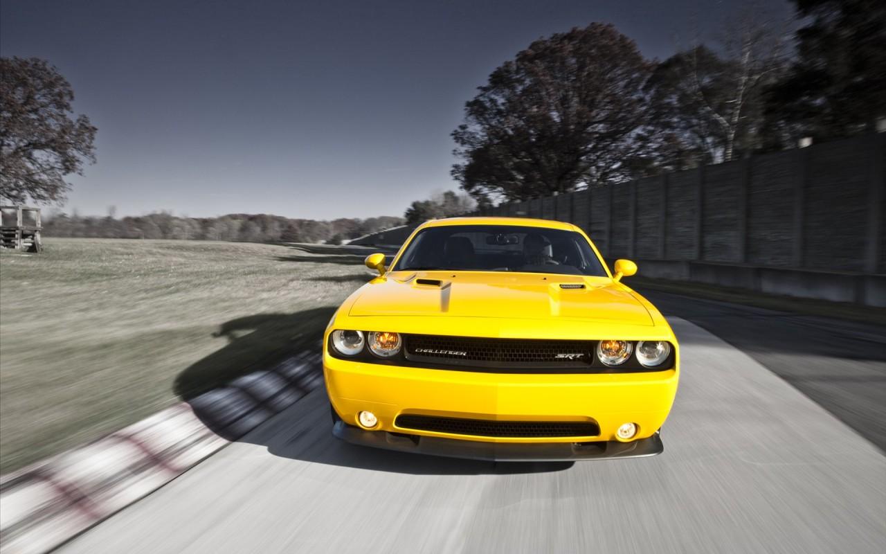 2012 Dodge Challenger Srt8 Wallpaper Hd Car Wallpapers