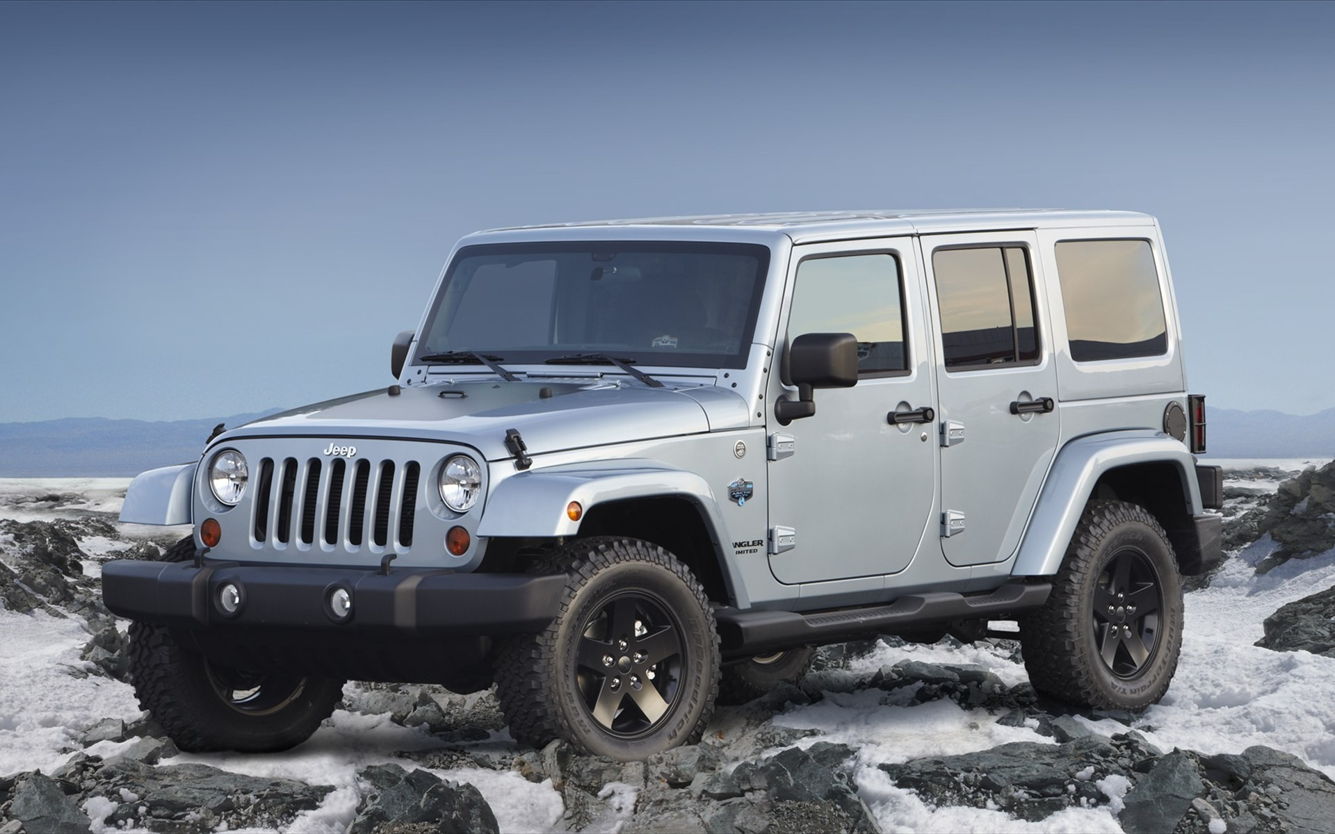 Jeep Car Images Hd: 2012 Jeep Wrangler Unlimited Arctic Wallpaper