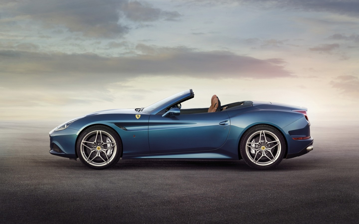 2014 ferrari california t 2 wallpaper hd car wallpapers. Black Bedroom Furniture Sets. Home Design Ideas