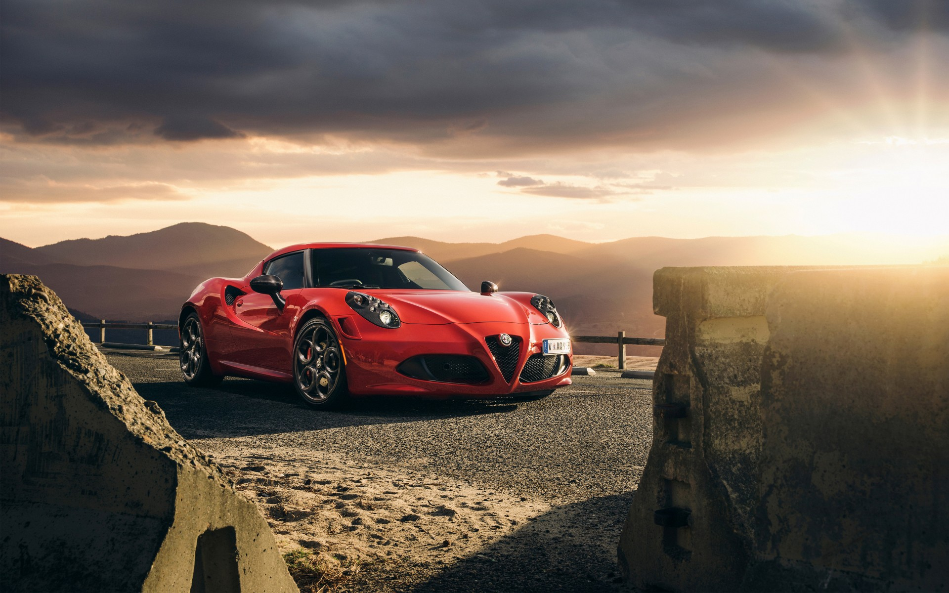 Auto Mobile Wallpapers Hd: 2015 Alfa Romeo 4C Launch Edition Wallpaper
