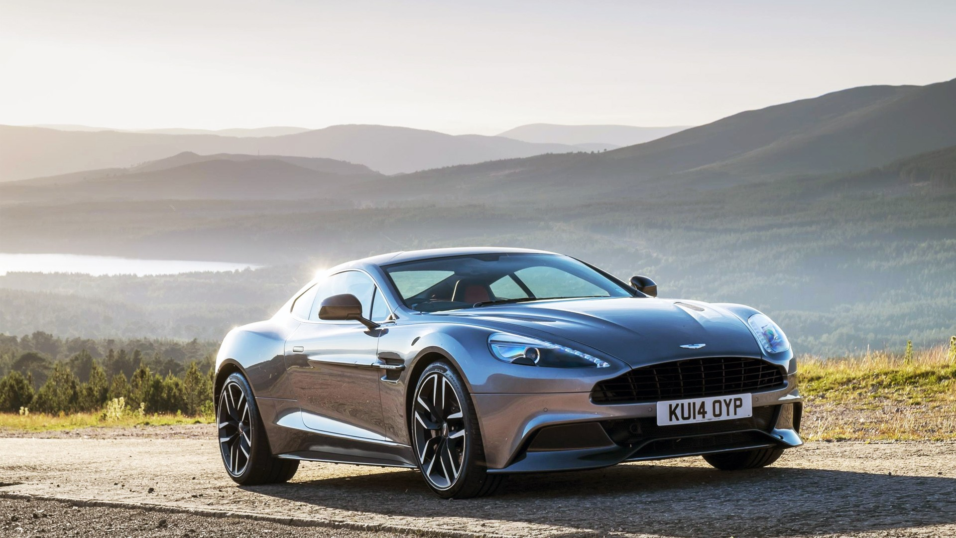 2015 aston martin vanquish wallpaper hd car wallpapers. Black Bedroom Furniture Sets. Home Design Ideas