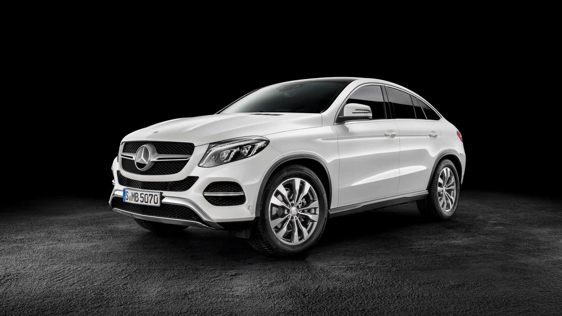 2015 mercedes benz gle coupe wallpaper hd car wallpapers id 5008. Black Bedroom Furniture Sets. Home Design Ideas