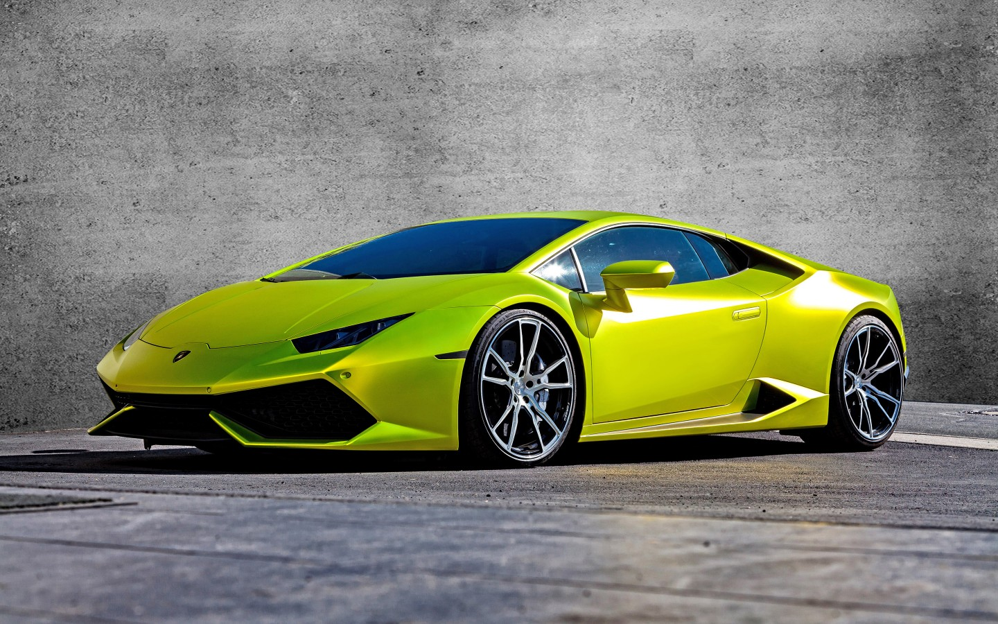 2015 XXX Performance Lamborghini Huracan 2 Wallpaper