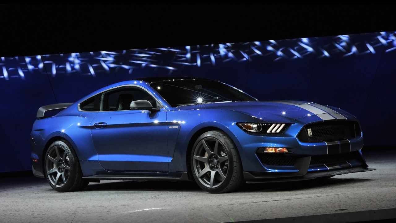 2016 Ford Shelby GT350R Mustang 2 Wallpaper HD Car