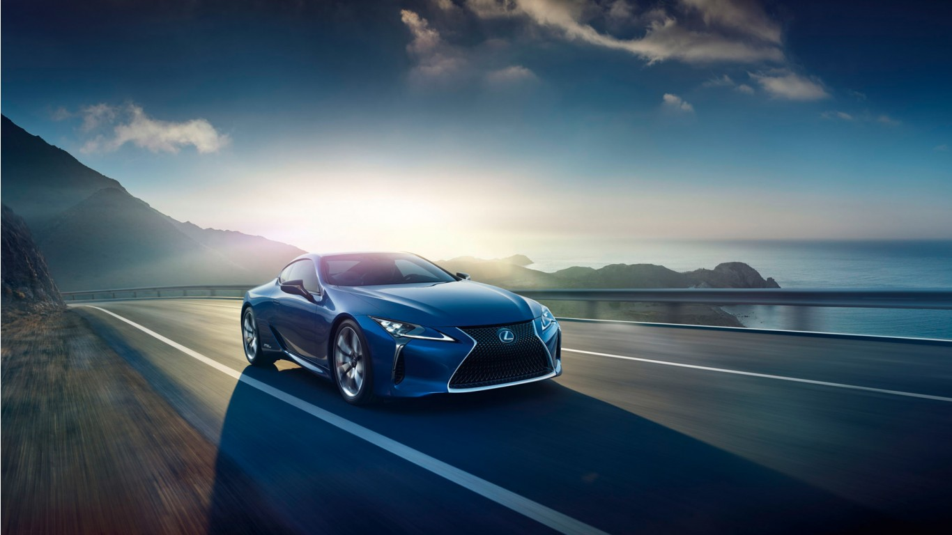 2016 Lexus LC 500h Luxury Coupe Wallpaper