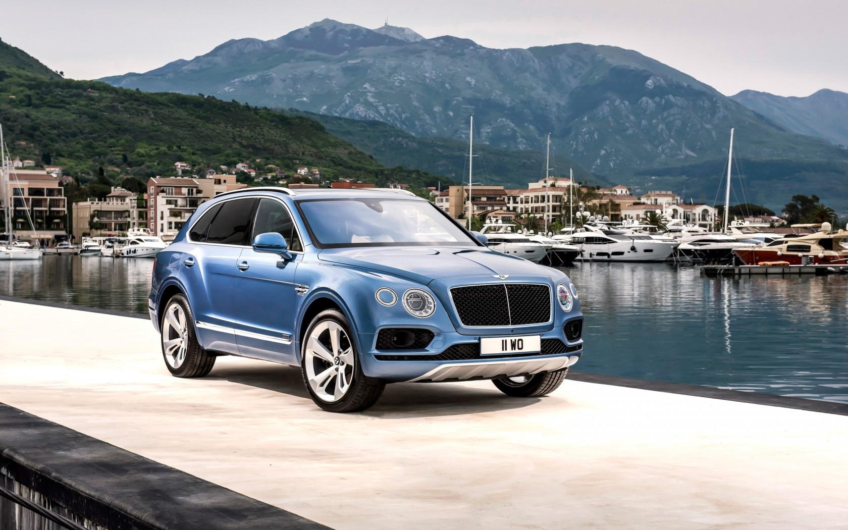 2017 Bentley Bentayga Diesel 2 Wallpaper | HD Car Wallpapers