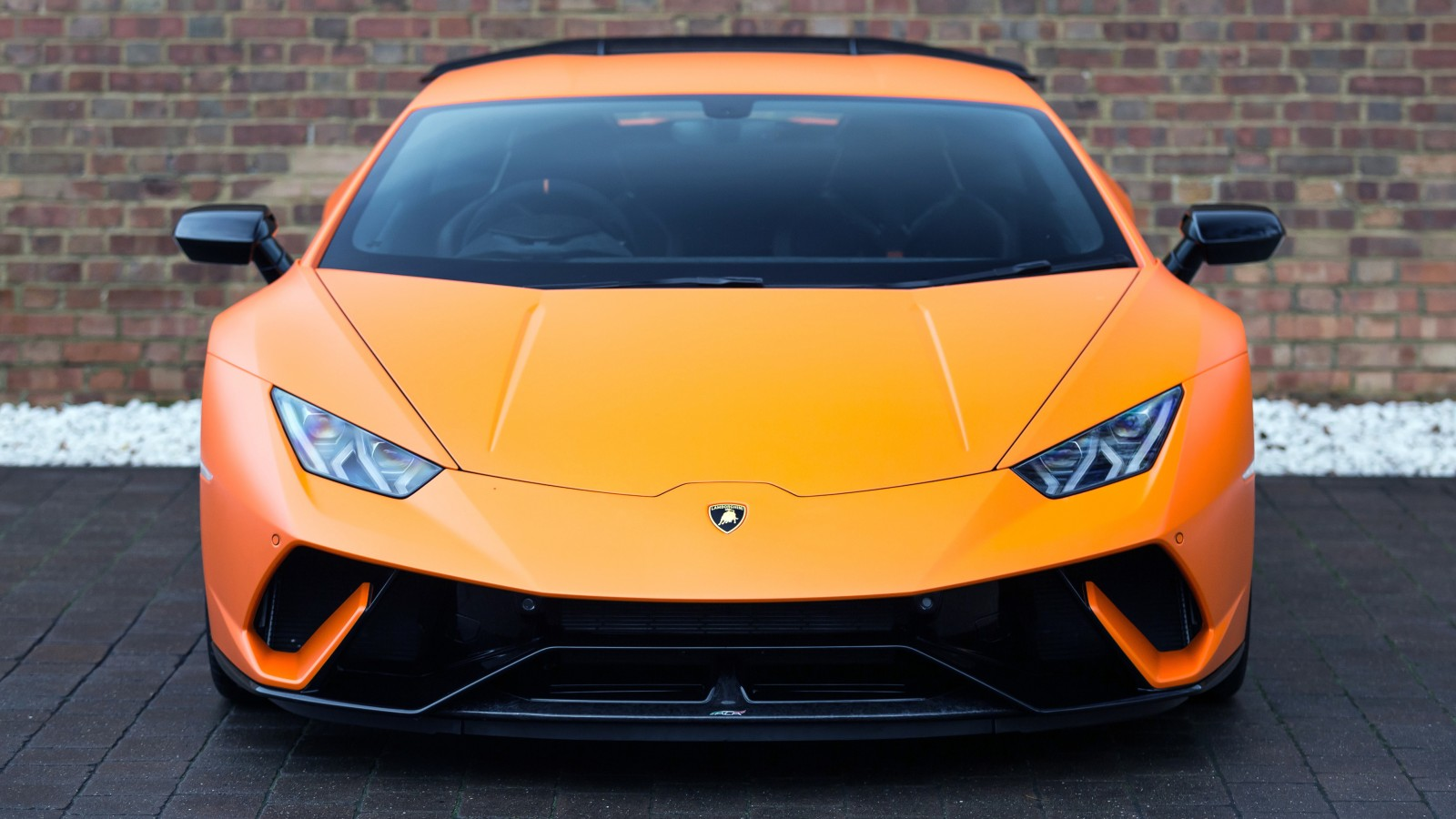 2017 Lamborghini Huracan Performante 4K 3 Wallpaper