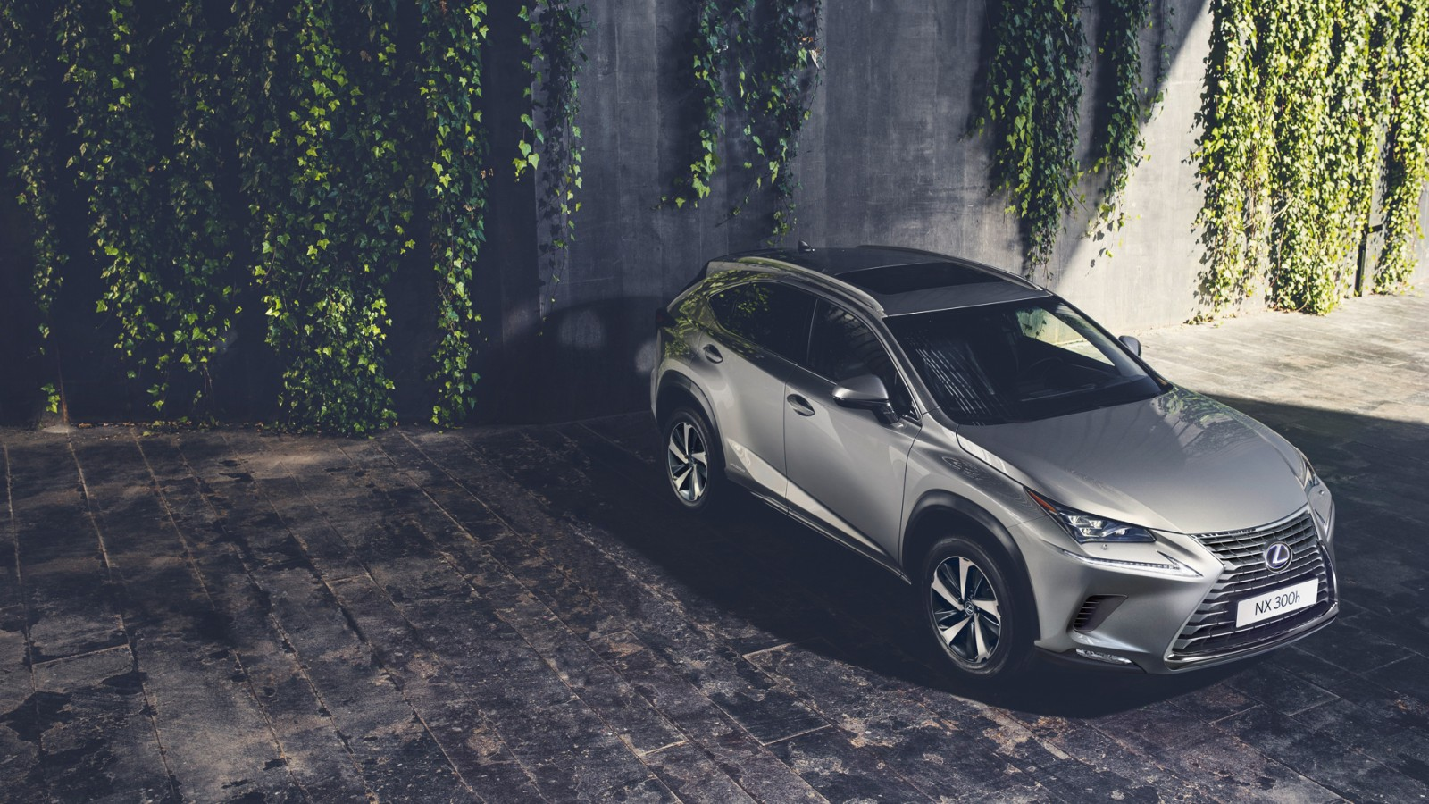 2017 lexus nx 300h luxury crossover wallpaper hd car wallpapers. Black Bedroom Furniture Sets. Home Design Ideas