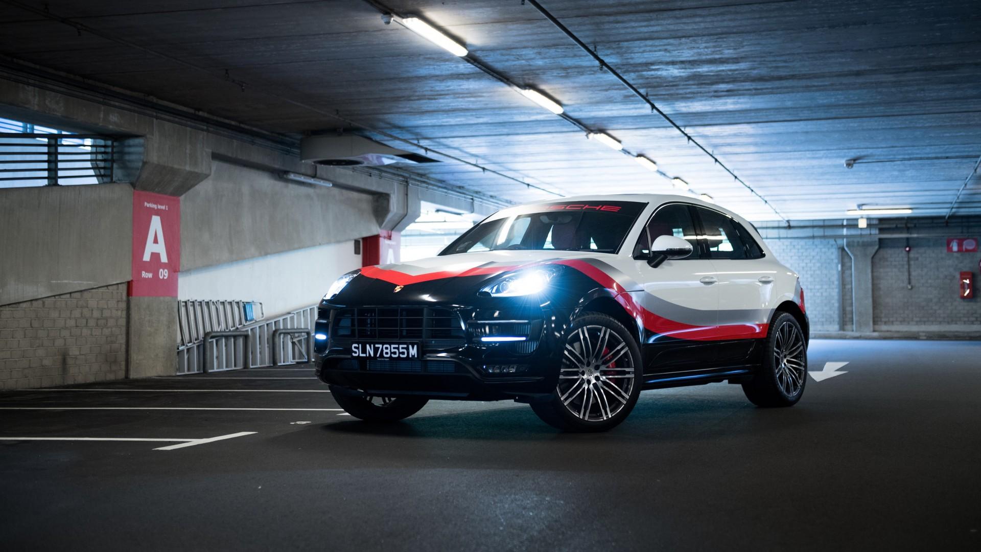 2017 Porsche Macan Turbo Performance Package 4K Wallpaper