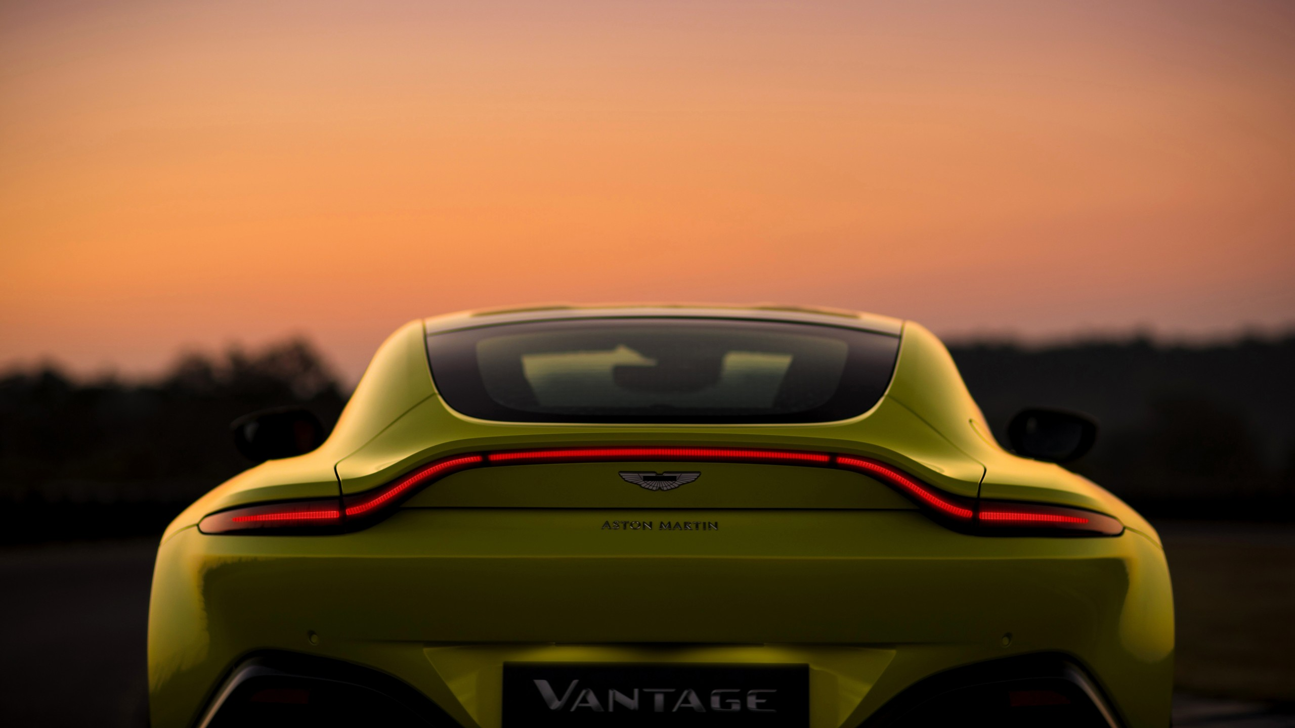2018 aston martin vantage 4k 4 wallpaper | hd car wallpapers | id #9152