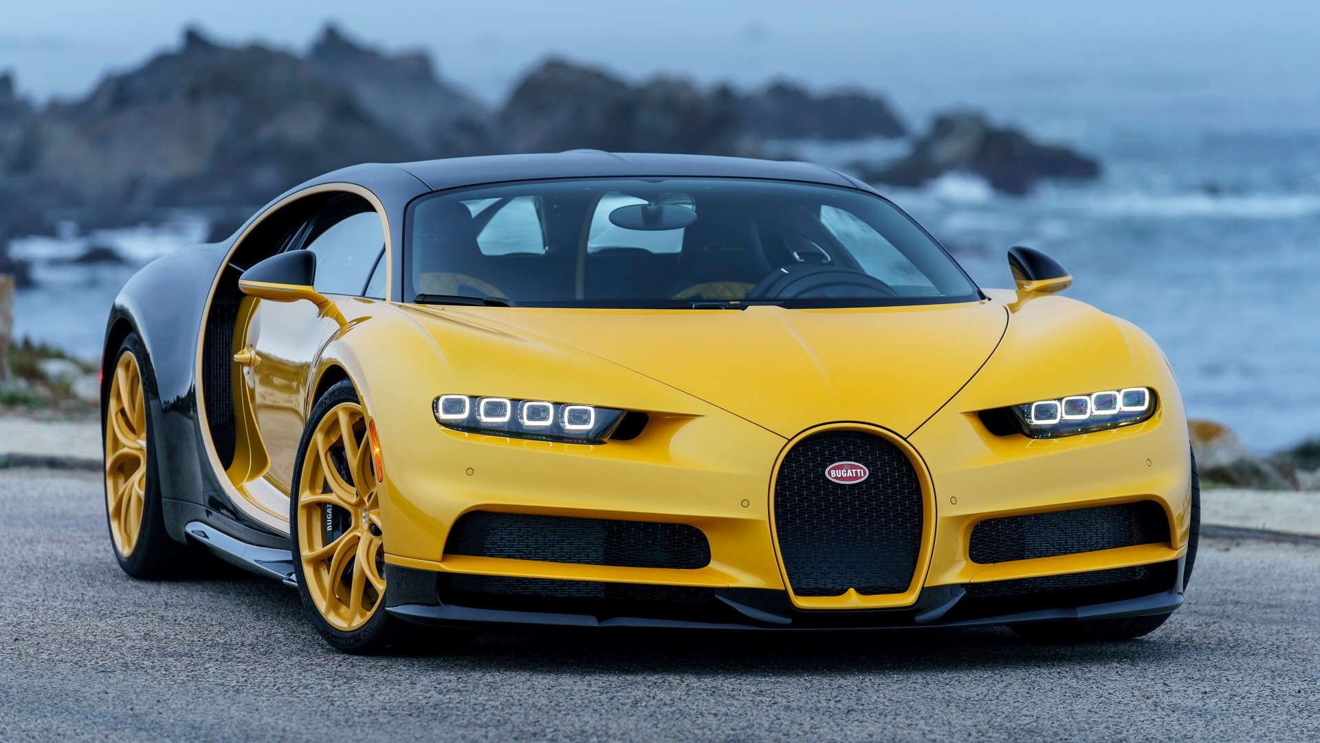 2018 Bugatti Chiron Yellow And Black 4k 2 Wallpaper Hd Car