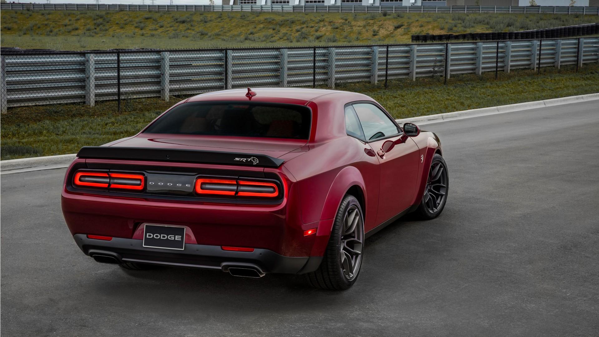 2018 Dodge Challenger SRT Hellcat Widebody 2 Wallpaper ...