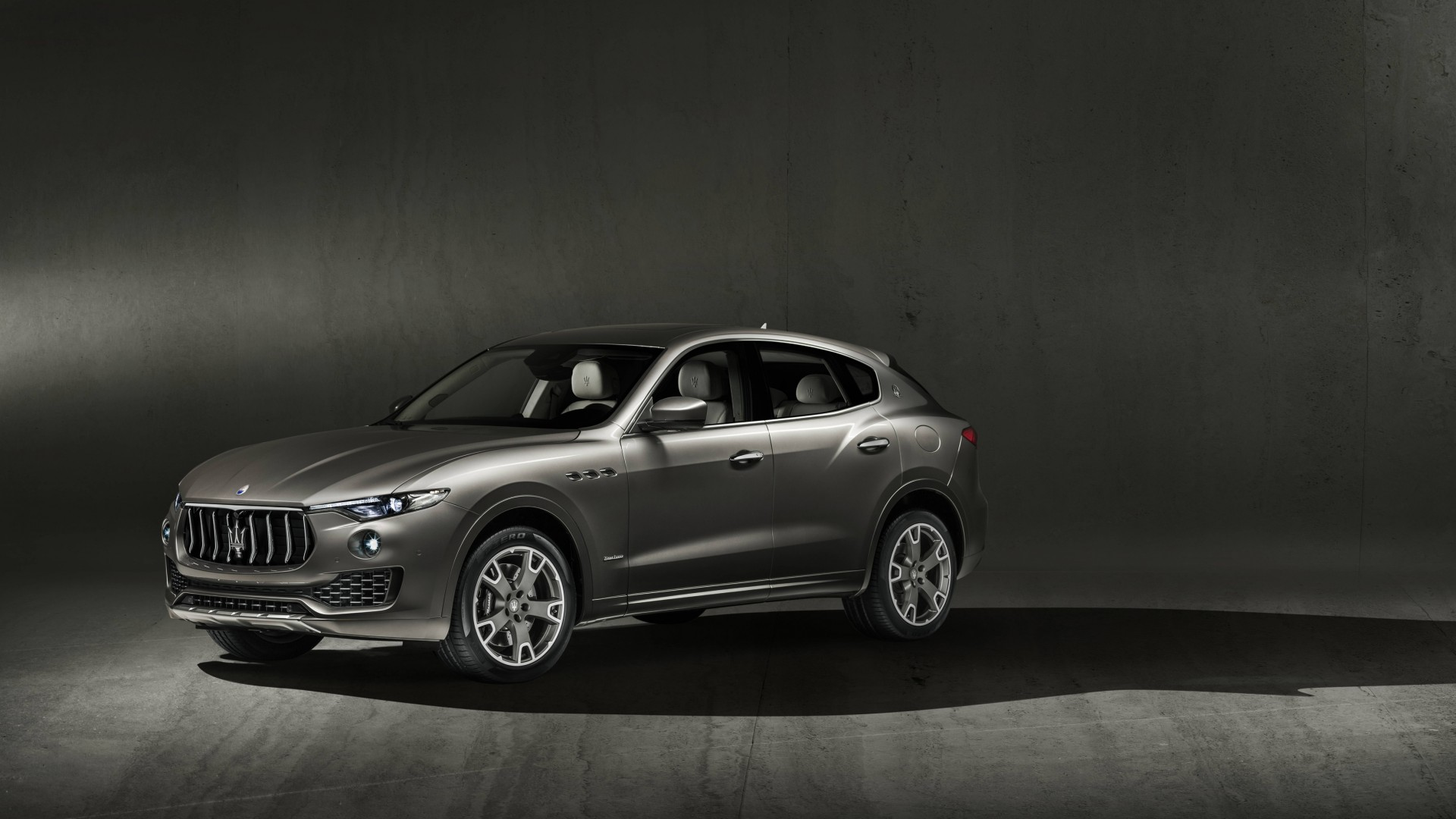 2018 maserati levante s q4 granlusso 2 wallpaper hd car wallpapers id 8543 - Maserati levante wallpaper ...