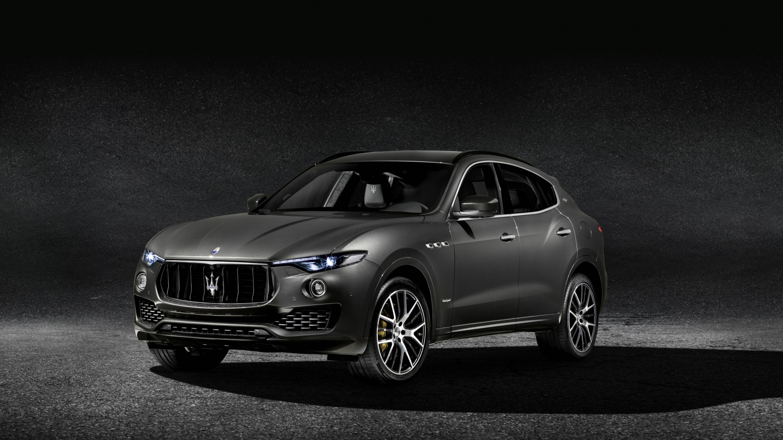 2018 Maserati Levante S Q4 Gransport Wallpaper Hd Car