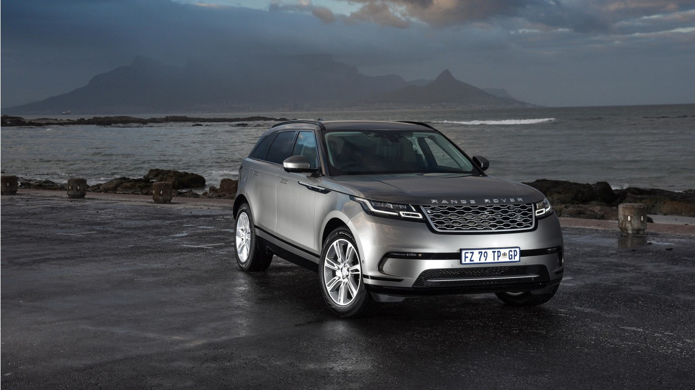 2018 range rover velar d240 hse 4k wallpaper hd car wallpapers. Black Bedroom Furniture Sets. Home Design Ideas