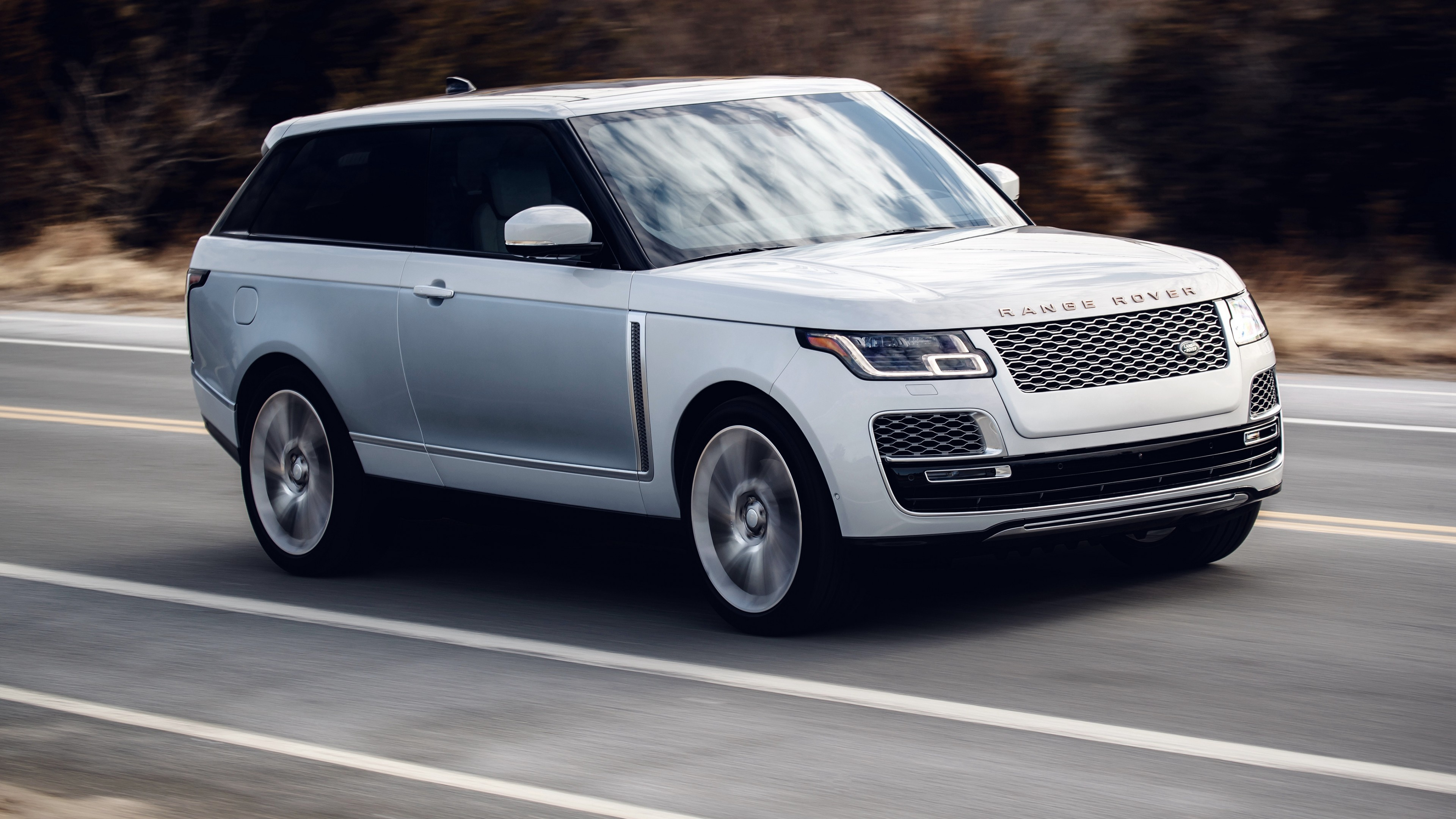 2019 range rover sv coupe 4k 2 wallpaper hd car wallpapers id 10050. Black Bedroom Furniture Sets. Home Design Ideas
