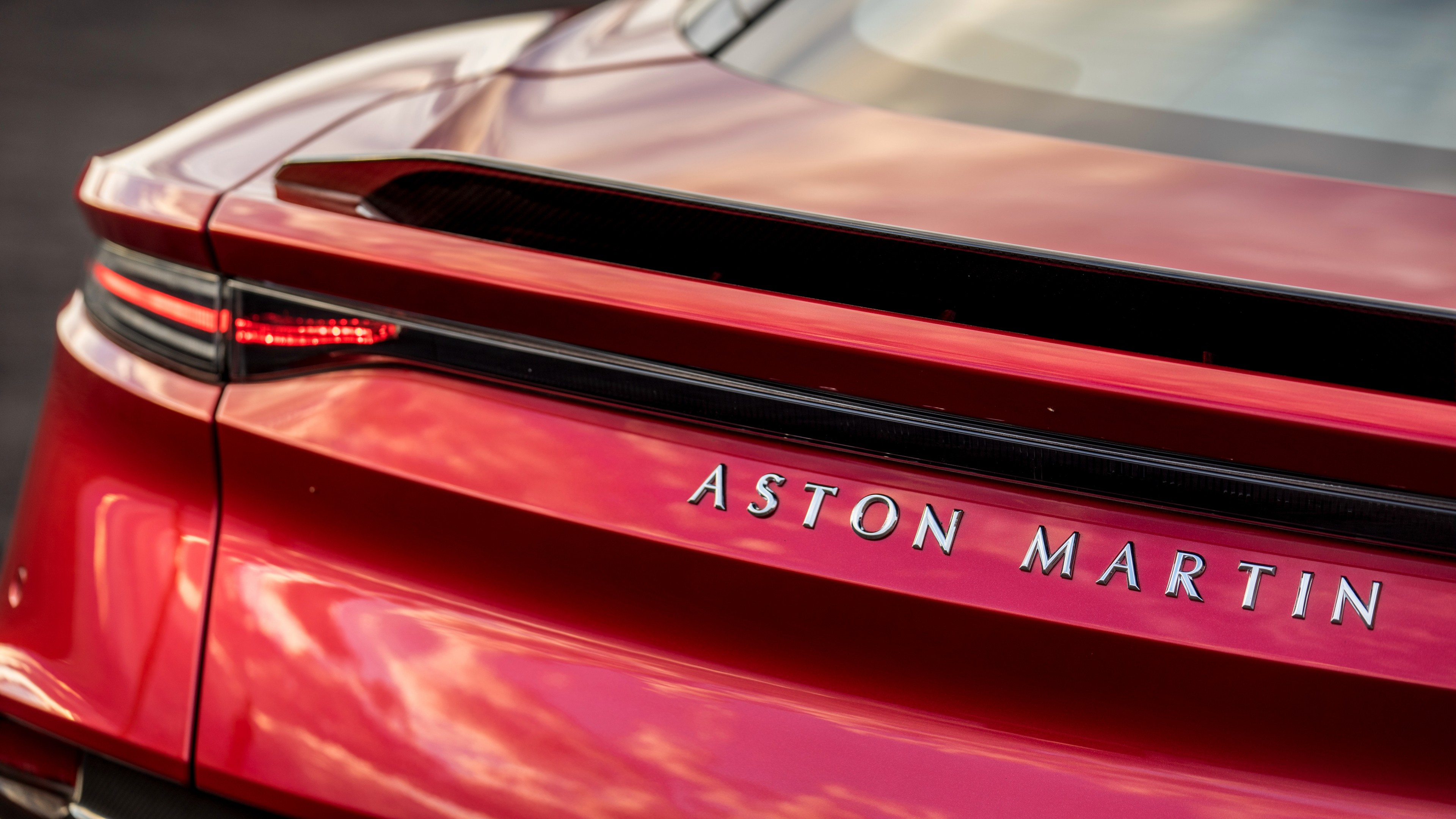 Aston Martin Dbs Superleggera 2018 4k 2 Wallpaper Hd Car Wallpapers Id 10742