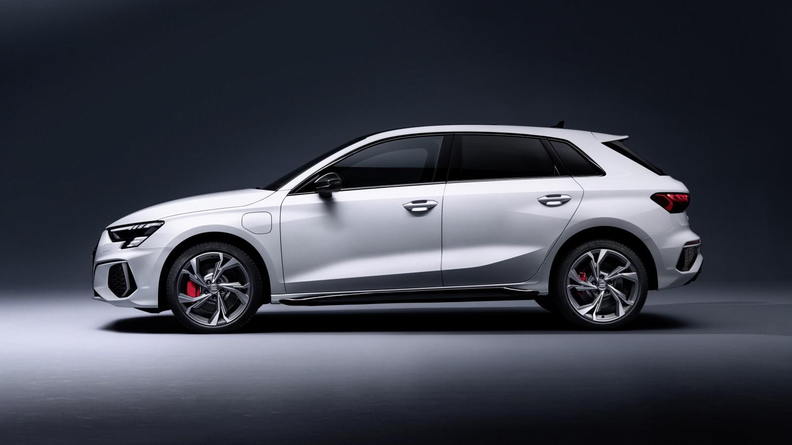 Audi A3 Sportback 45 TFSI e S line 2021 5K 2 Wallpaper ...