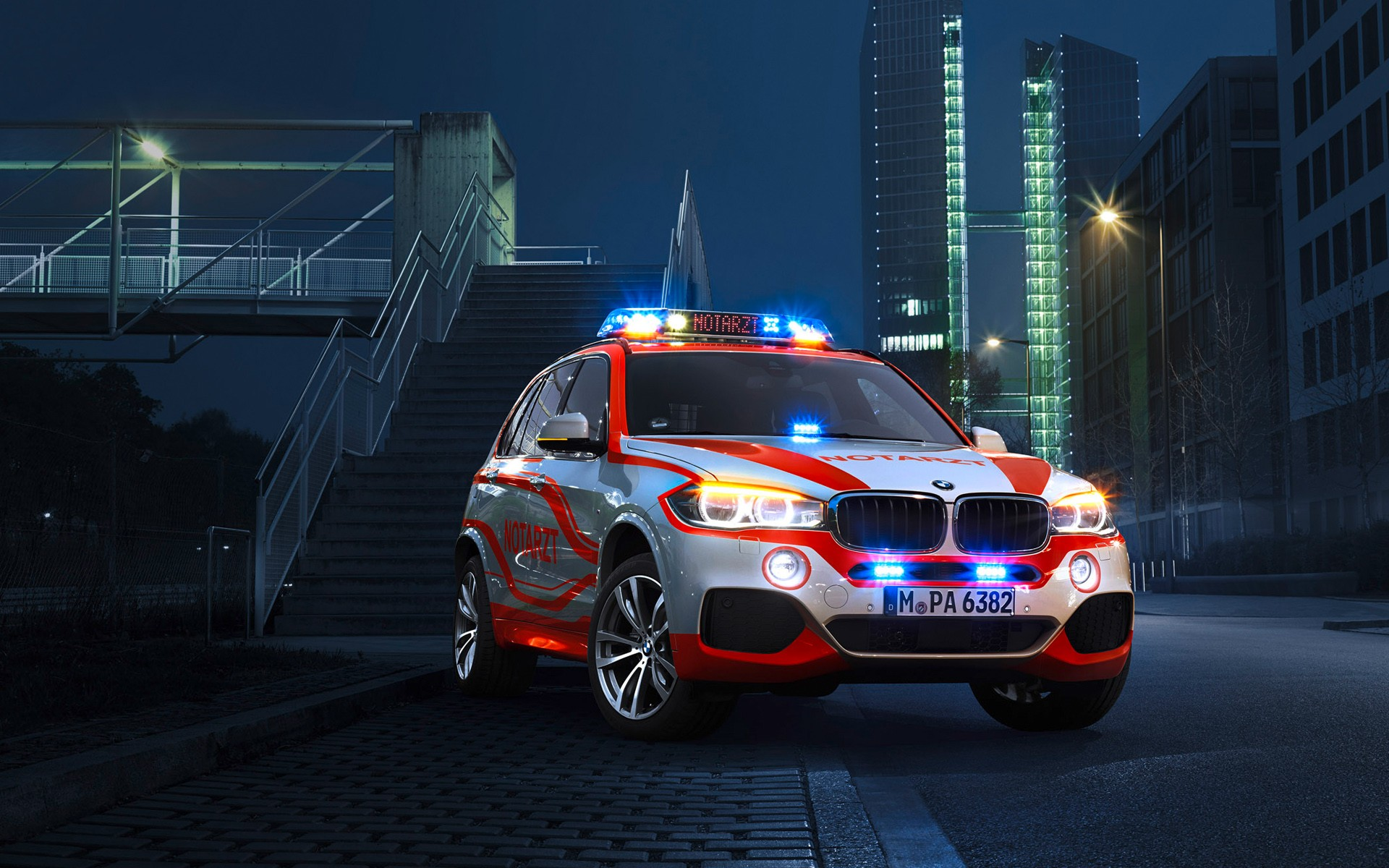 Bmw X3 Paramedic Vehicle Wallpaper Hd Car Wallpapers
