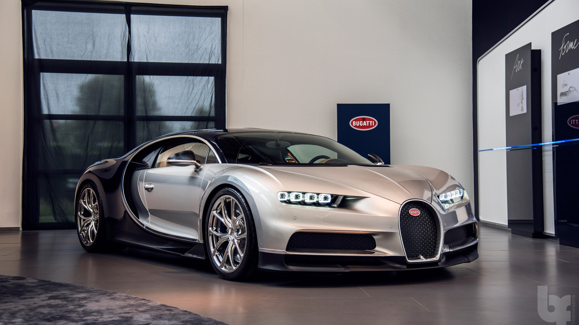 bugatti chiron most expensive car wallpaper hd car wallpapers. Black Bedroom Furniture Sets. Home Design Ideas