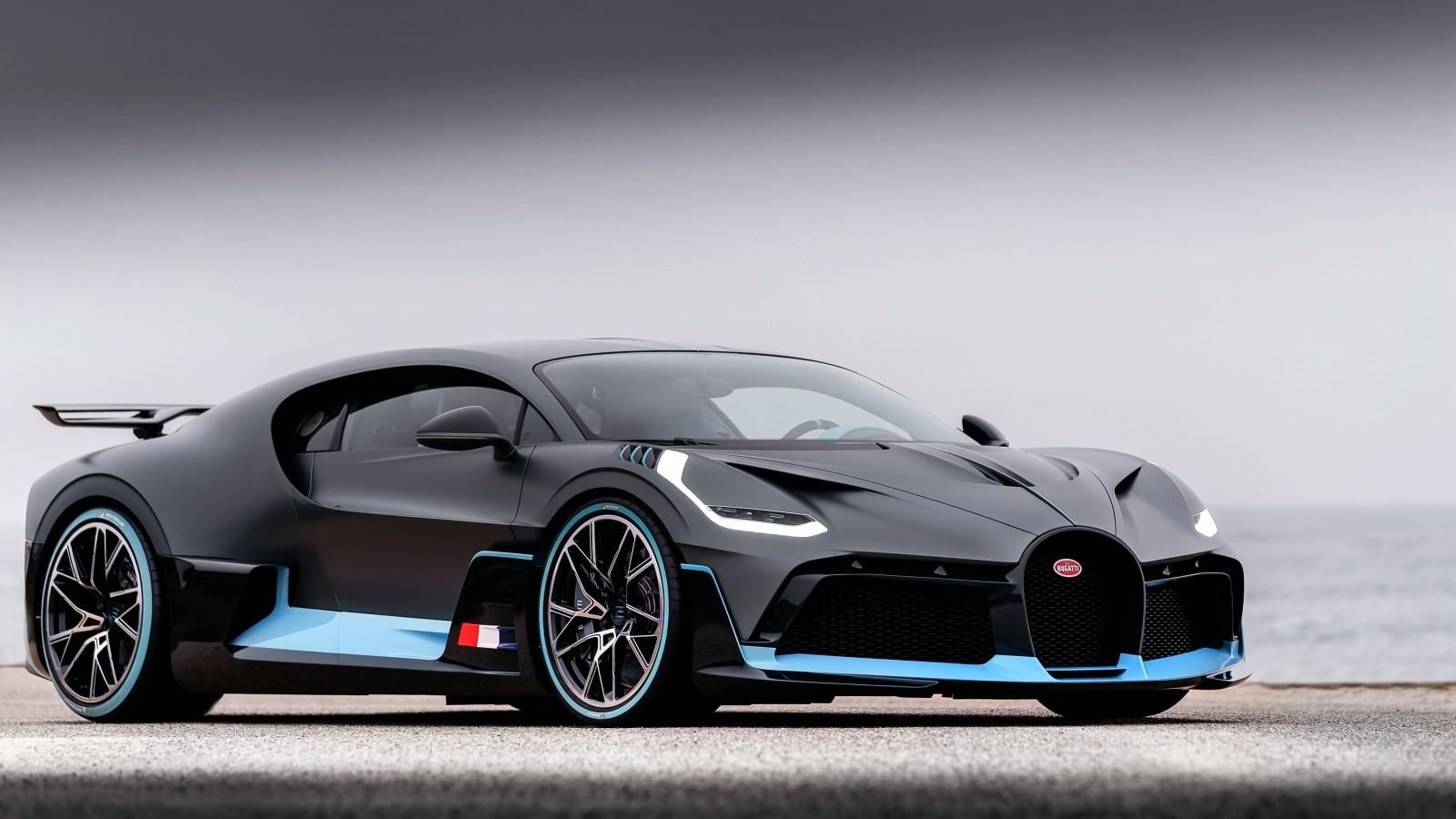 Bugatti Divo K X on Acura Legend