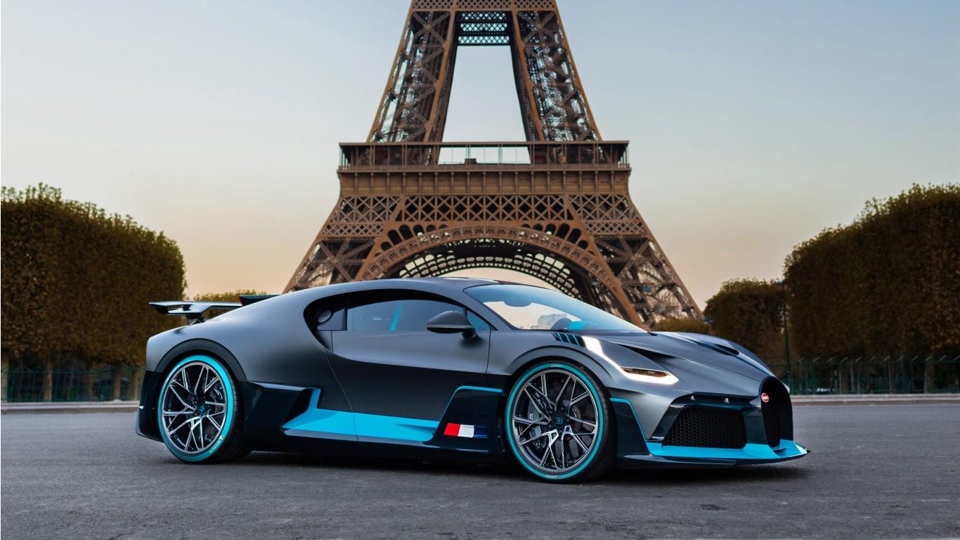 Bugatti Divo in Paris Wallpaper | HD Car Wallpapers | ID #11345