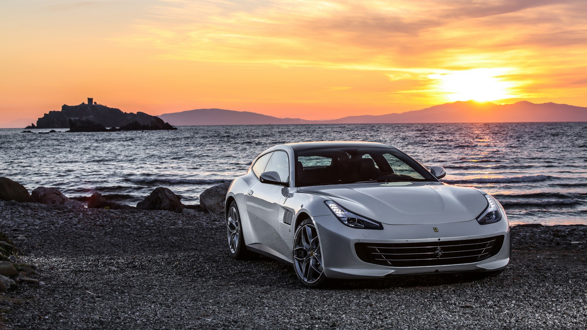 Ferrari GTC4Lusso T 2017 4K Wallpaper | HD Car Wallpapers ...