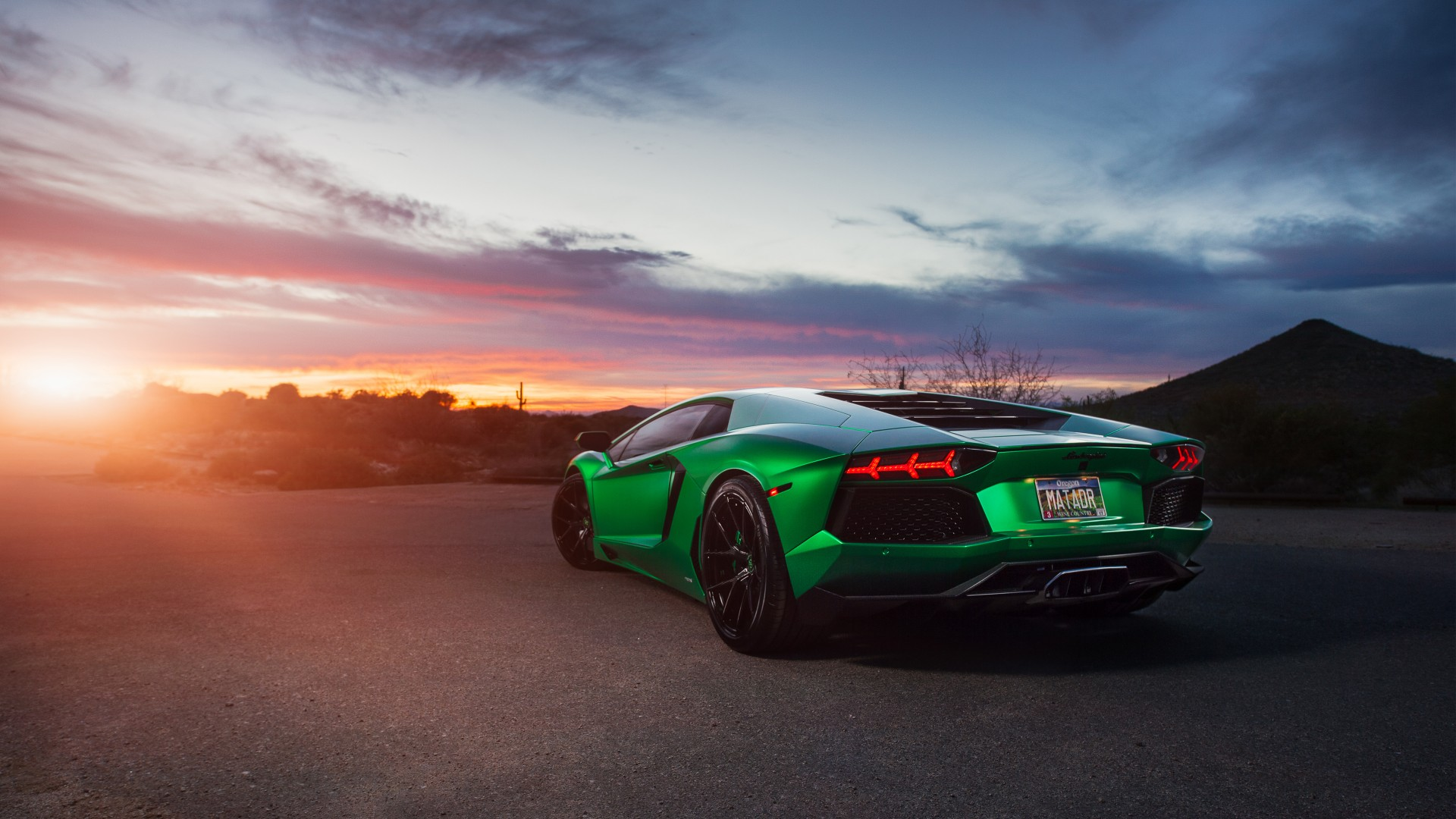 4k Wallpaper: Lamborghini Aventador Green 4K Wallpaper