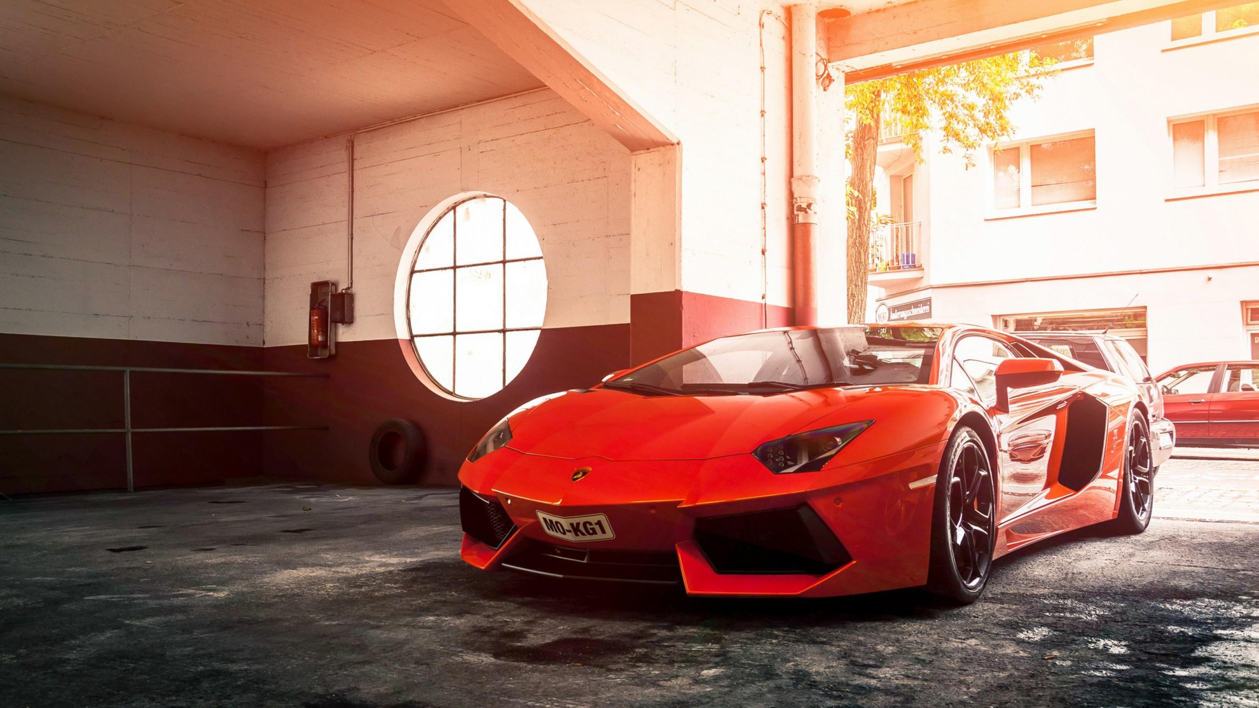 Tron Lamborghini Black Red Car Wallpapers Hd Desktop: Lamborghini Aventador Red Wallpaper