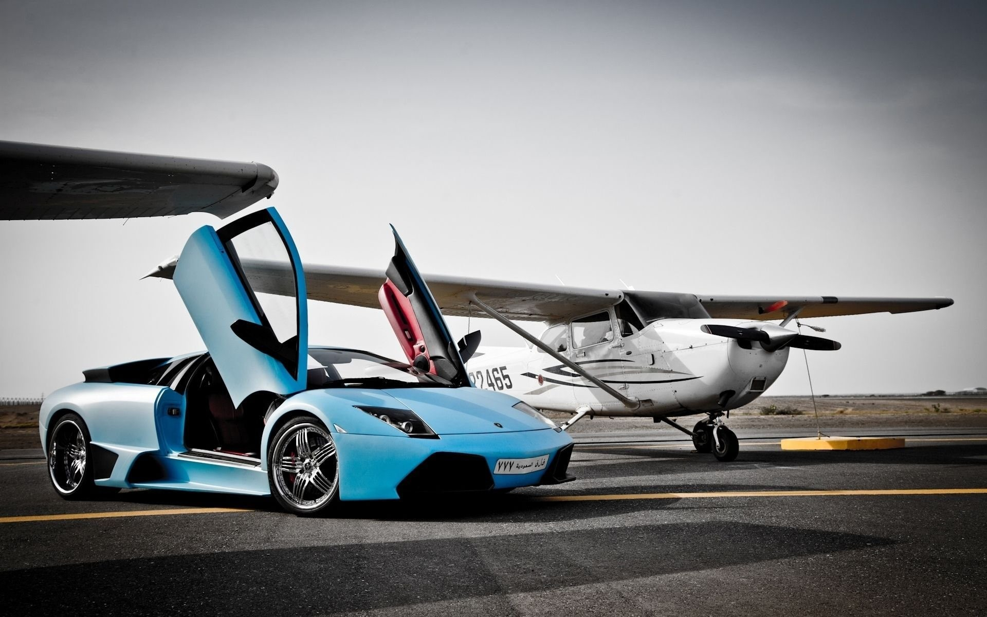 x 1200 original wallpaper lamborghini murcielago vs plane downloads 7768 - Lamborghini Gallardo Wallpaper Blue
