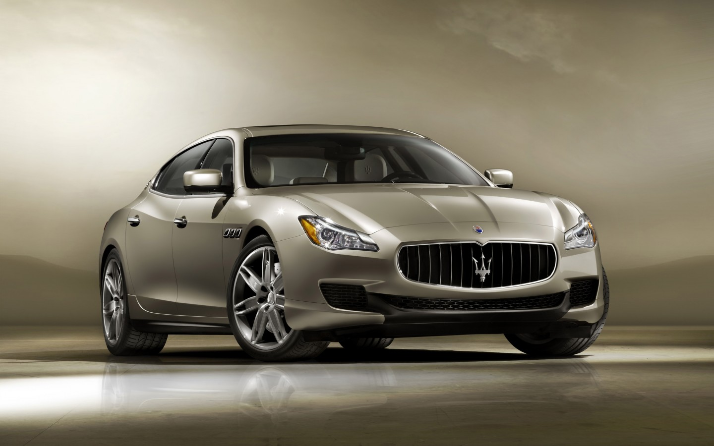 maserati ghibli 2014 wallpaper hd car wallpapers. Black Bedroom Furniture Sets. Home Design Ideas