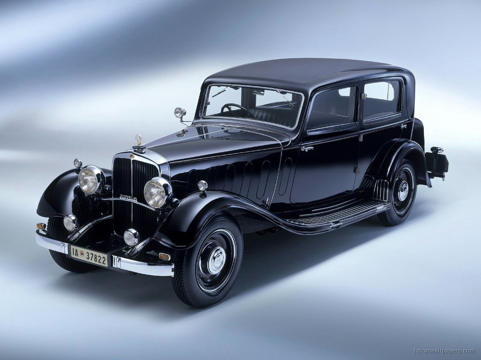 Maybach Classic X on Renault 1940 Cars