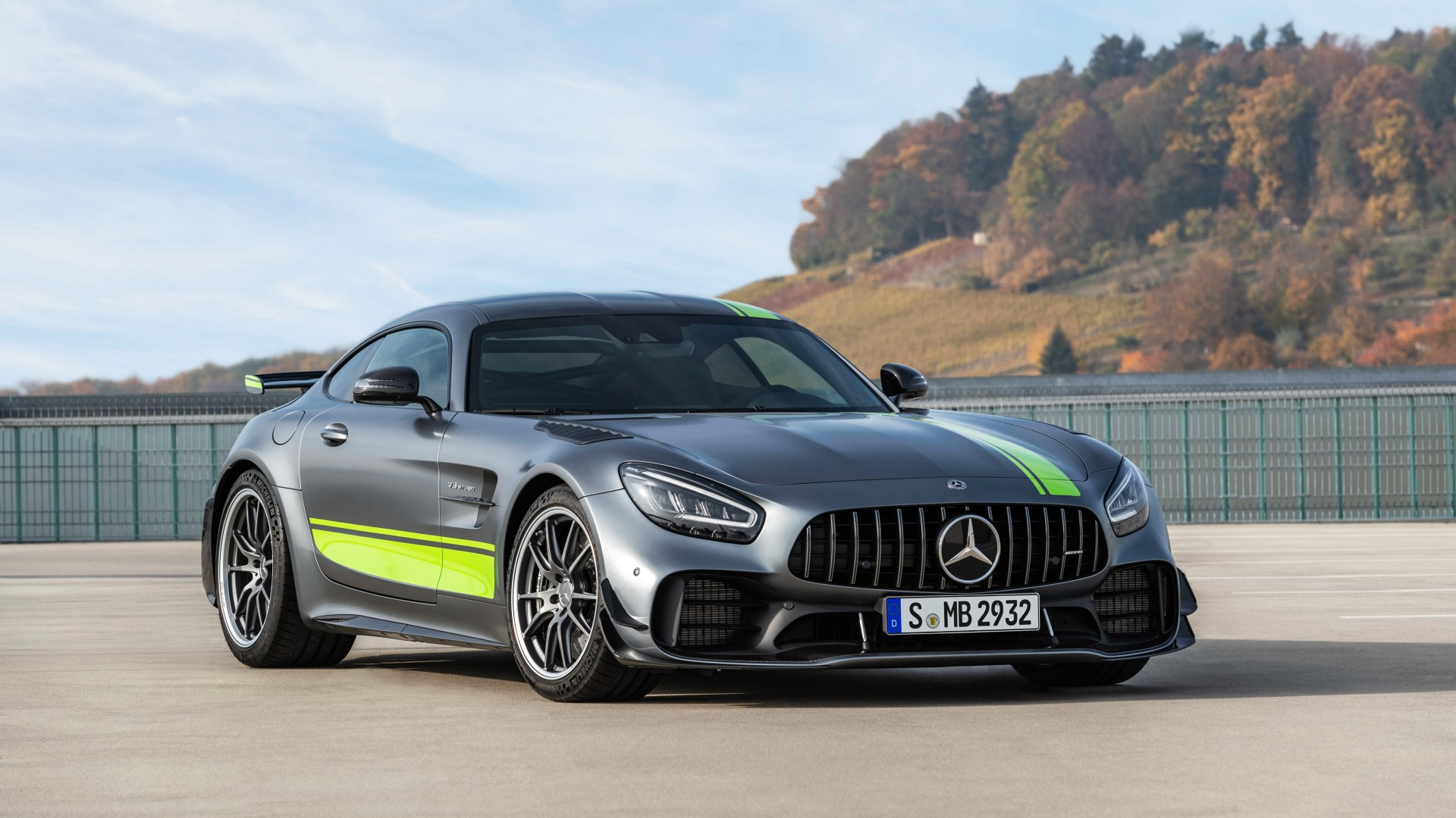 mercedes amg gt r pro 2019 4k 4 wallpaper hd car. Black Bedroom Furniture Sets. Home Design Ideas
