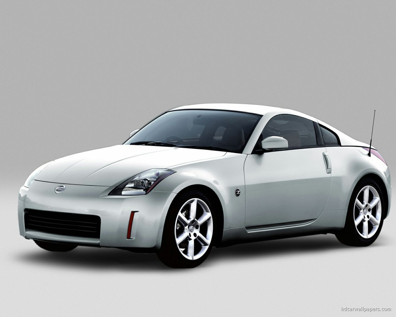 nissan 350z wallpaper hd car wallpapers id 1353. Black Bedroom Furniture Sets. Home Design Ideas