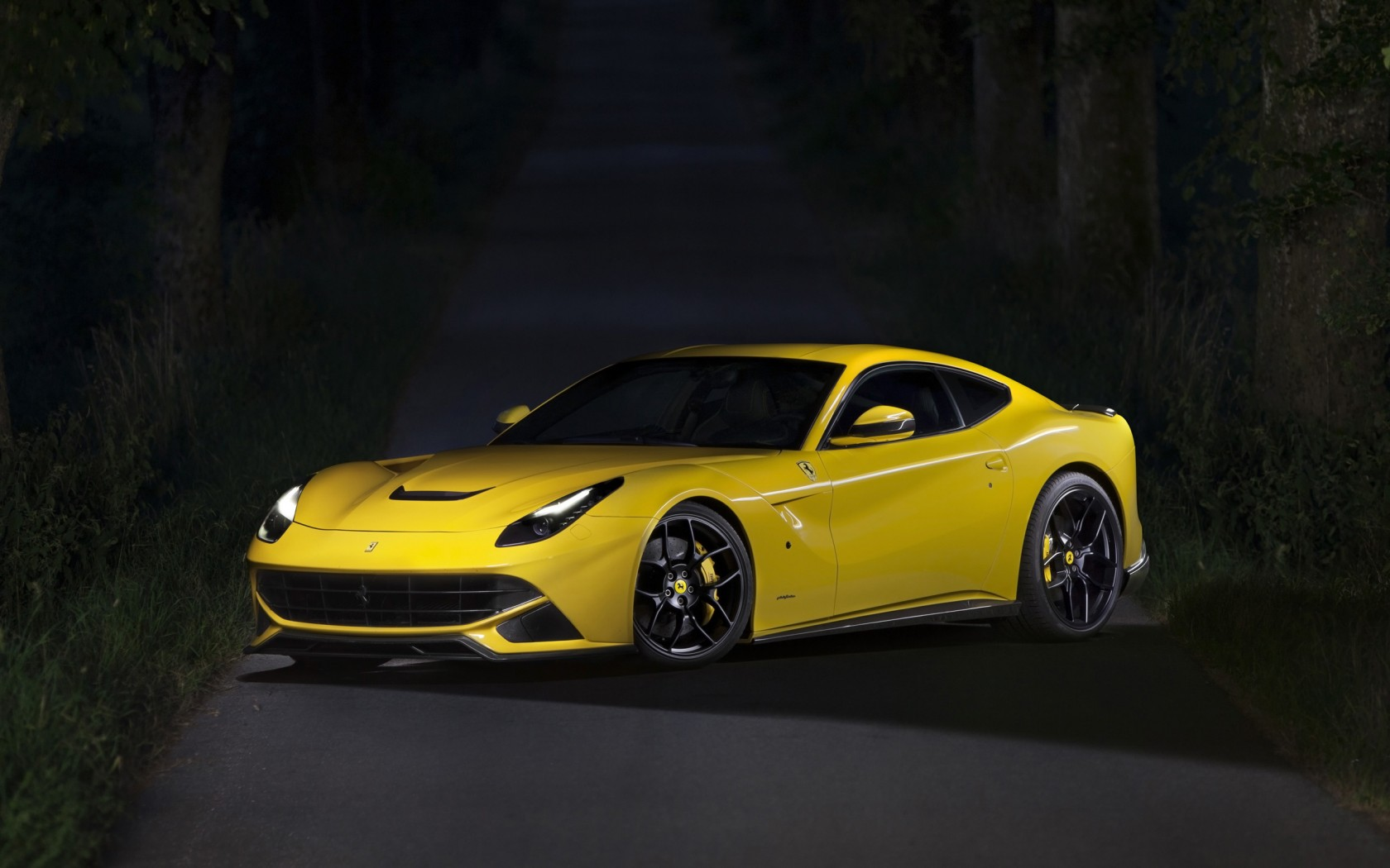 Novitec Rosso Ferrari F12berlinetta Wallpaper Hd Car