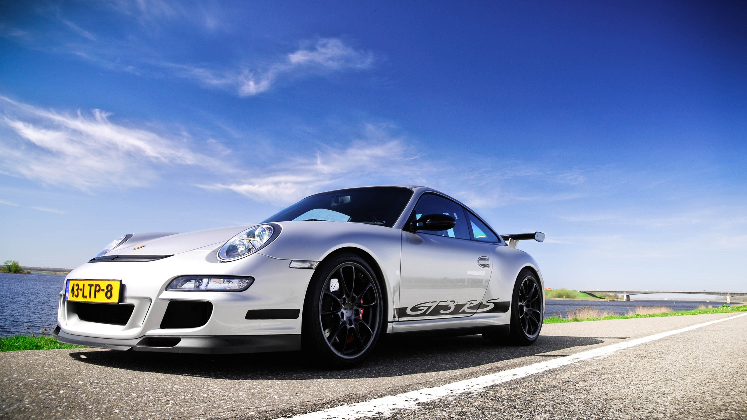 Porsche 997 Gt3 Rs Wallpaper Hd Car Wallpapers Id 4334