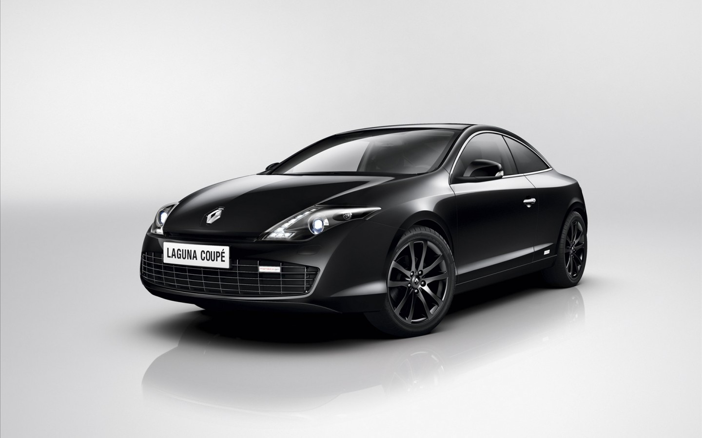 renault laguna coupe 2012 2 wallpaper hd car wallpapers. Black Bedroom Furniture Sets. Home Design Ideas