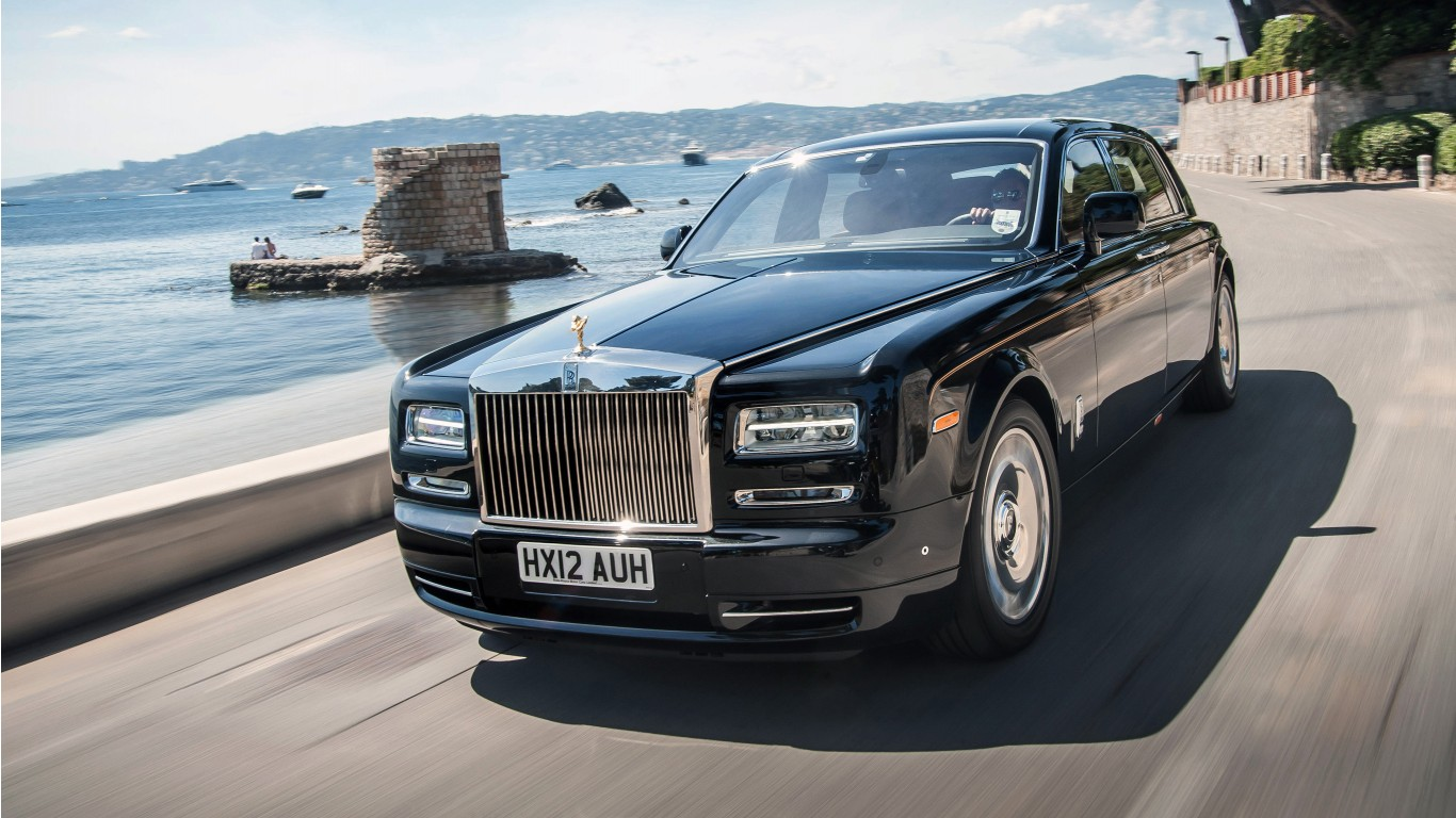 rolls royce phantom ewb 2017 4k wallpaper hd car wallpapers id 7622. Black Bedroom Furniture Sets. Home Design Ideas
