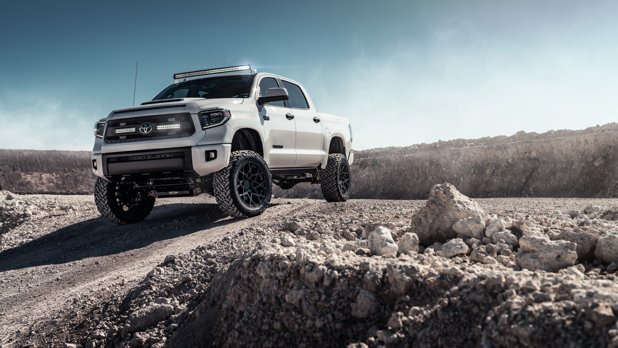 Toyota Tundra 2019 Off-roading 4K 8K Wallpaper | HD Car ...