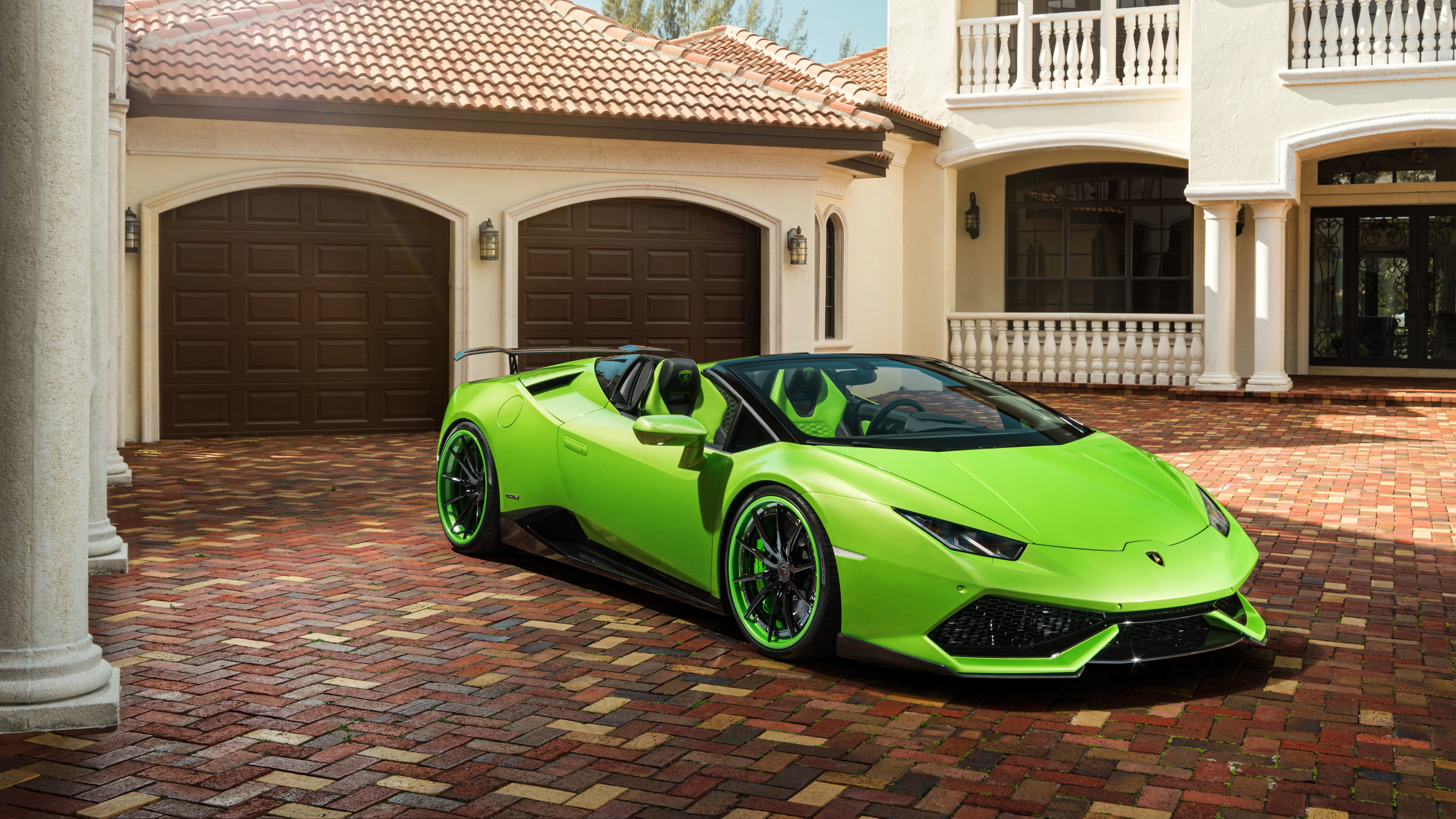 https://www.hdcarwallpapers.com/download/velos_green_lamborghini_huracan_roadster_5k-5120x2880.jpg