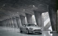 Aston Martin DB9 New