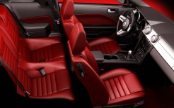 Ford Mustang 2005 Interior