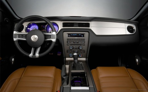 Ford Mustang 2010 Interior