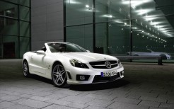 Mercedes Benz SL63 AMG Convertible 2