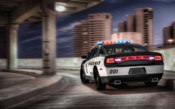 2014 Dodge Charger Pursuit 2