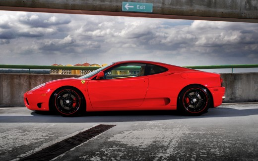 Ferrari on Forged CF 5 Wheels 3