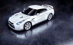 Nissan GTR in White