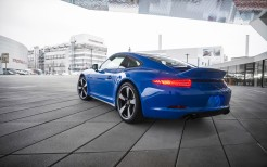 2015 Porsche 911 GTS Club Coupe 2