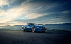 2016 Lexus LC 500h Luxury Coupe 2